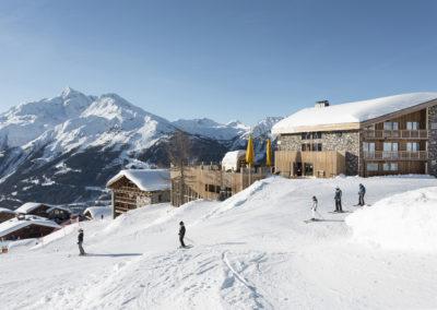 Accès pistes de skis - Hôtel Alparena
