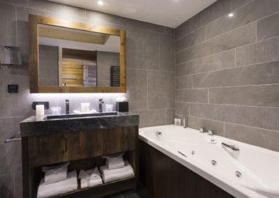SUITE APPARTEMENT 4_6 PERSONNES 78_90M2 - 6 - Hôtel Alparena