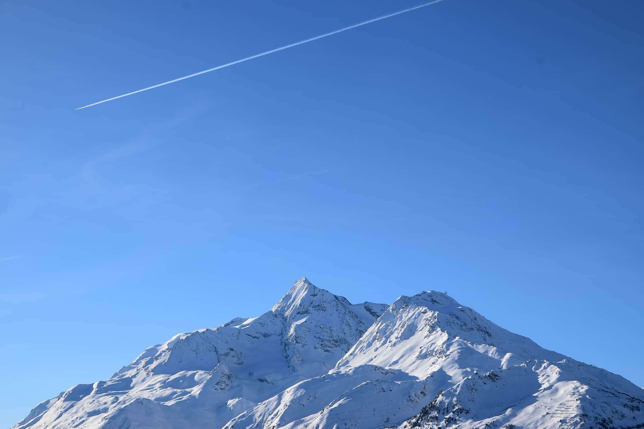 la rosière montagne ciel bleu